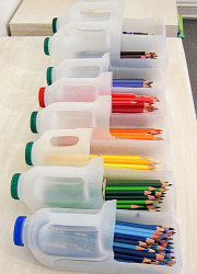 recycled-pencil-containers